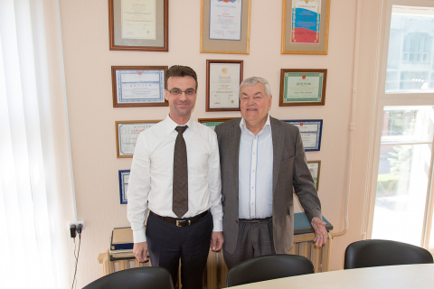 """Head of the CVRE Department Yu. V. Kozhukhov and head of the """"Refrigeration engineering and technology"""" Department, previously General Director of OAO """"Kazancompressormash"""" and ZAO """"Niiturbokompressor"""". By the name of V. G. Snapp I.G. Khisameev"""