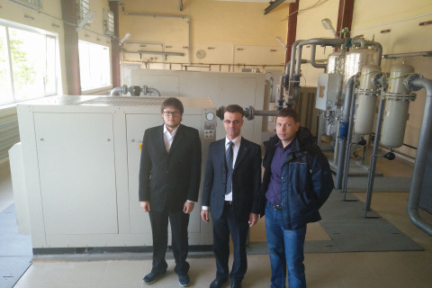 """Head of the CVRE Department Yuri Kozhukhov, Chief engineer of OOO MT-Grupp Victor Ulybin and project manager of the scientific-engineering center Alexey Danilishyn at the compressor station depot """"Neva"""" St. Petersburg metro, built by the project of scientific-engineering center."""
