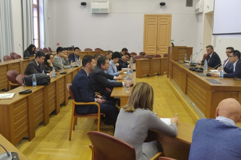 """Head of the Department """"Compressor, vacuum and refrigeration engineering"""" - acting Director of the Institute of energy and transport systems Yu. V. Kozhukhov at a meeting with representatives of Harbin technological University during their visit to IETS."""