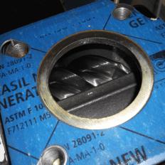 Industrial screw air compressor examination