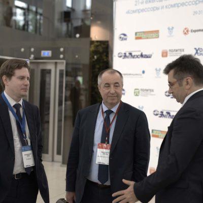 Symposium 2019: participants of the symposium. From left to right: A.V. Burakov - Compressor JSC, S.I. Saychenko - LLC Gazprom transgaz St. Petersburg, A.A. Solomatnikov - OOO Gazprom proektirovanie