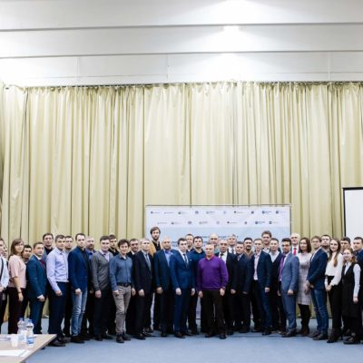 "Scientific adviser of the scientific-engineering center ""Compressor, vacuum, refrigeration equipment and pneumatic systems"" Yu.V. Kozhukhov and director of the center S.V. Kartashov among the participants of the seminar ""Innovative tools to increase the efficiency of technological development of enterprises of the fuel and energy sector of the region"" (Nizhnevartovsk State University, Nizhnevartovsk)"