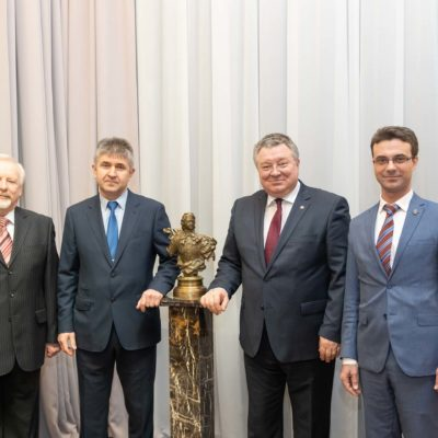 "As part of the events dedicated to the SPbPU 120th anniversary celebration, a working meeting with representatives of the System operator of the Unified energy system was held. On the photo from left to right: head of the ""Electrical systems and networks"" Department IETS E. N. Popkov, General Director of AO ""SO UES"" branch Unified dispatching Department of the power system North-West"" S. V. Shishkin, rector of the SPbPU A. I. Rudskoy, acting director of the Institute of energy and transport systems SPbPU-head of the CVRE department Y. V. Kozhukhov."